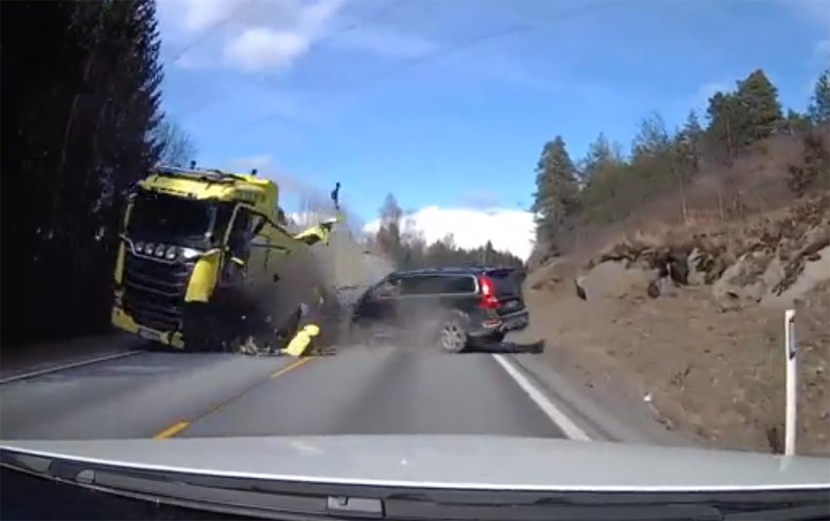 Volvo 再显硬实力!大卡车算什么!