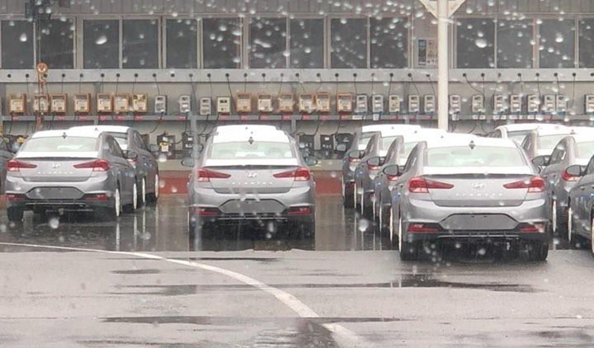 小改款 Hyundai Elantra 惊现,变化好大!