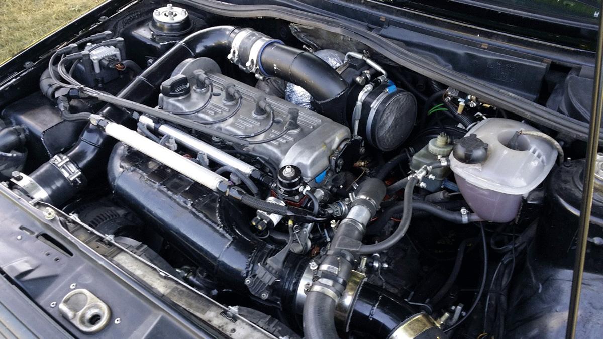 史上最强高尔夫!1,233 hp 的 Volkswagen Golf MK2 ,0-100 不到 2.5 秒!