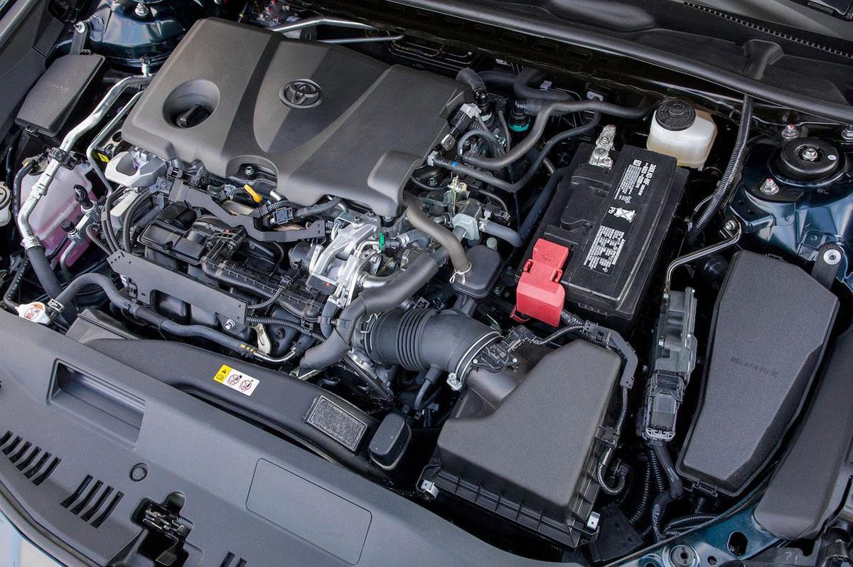 要来了? 网穿 Toyota Camry XV70 年末登场!