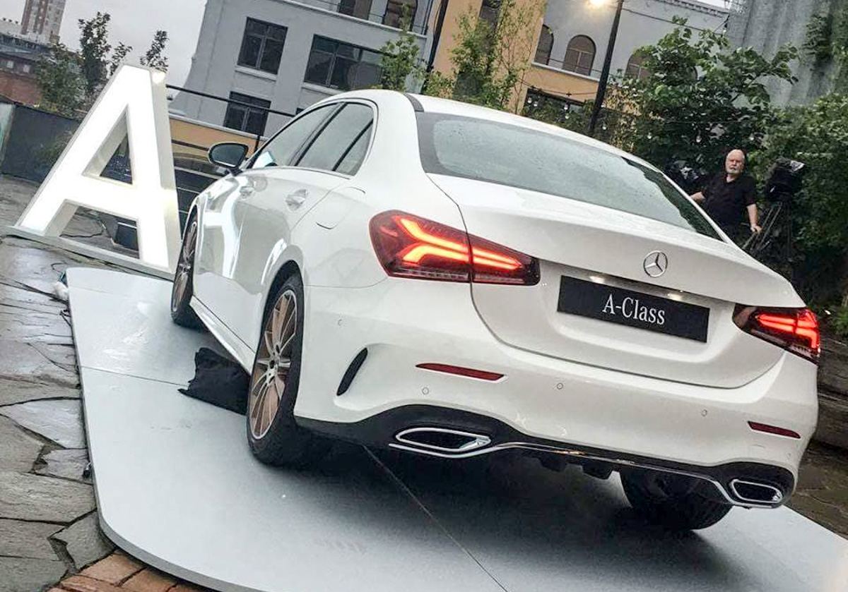 Mercedes-Benz A-Class Sedan 实车帅气现身!