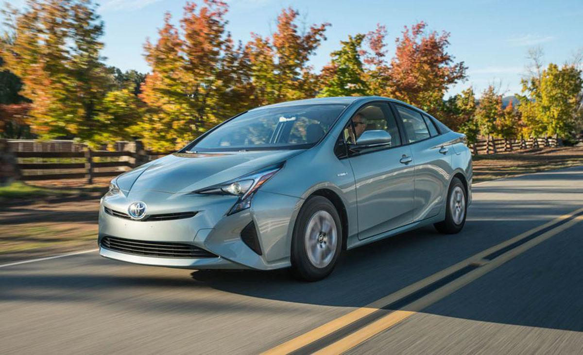 可能导致起火! Toyota 全球召回100万辆 Prius 和 C-HR !