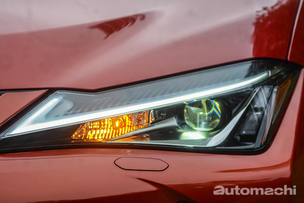图库: 2018 Lexus UX ,豪华小型SUV!