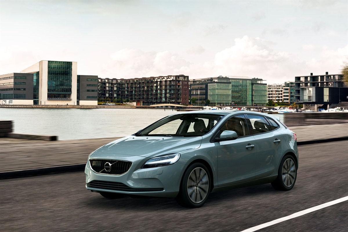 大马市场超值新车: Volvo V40 T4