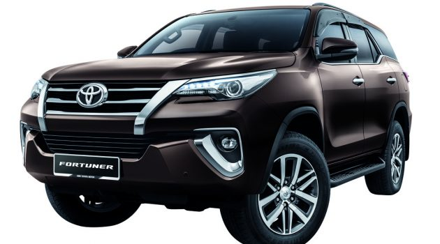 Toyota Fortuner 获得配备升级, VSC 成为标准配备!