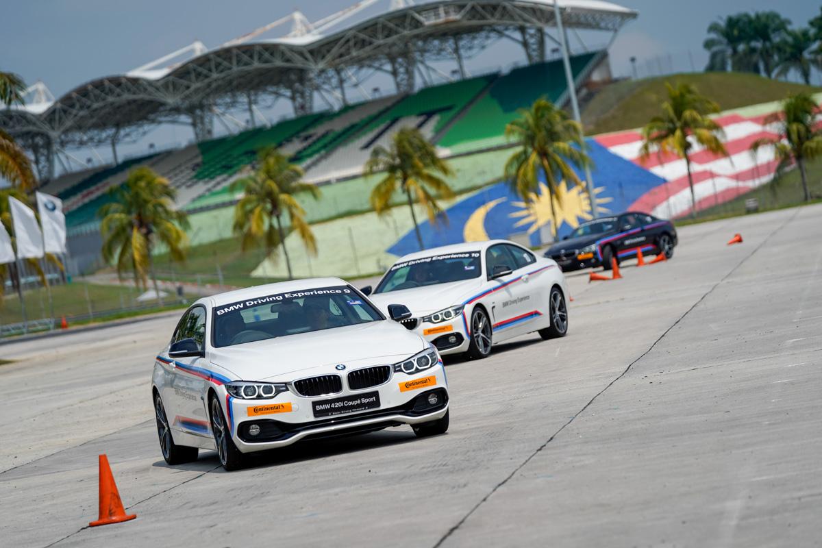 学习防御性驾驶, BMW Advanced Driving Experience 体验!