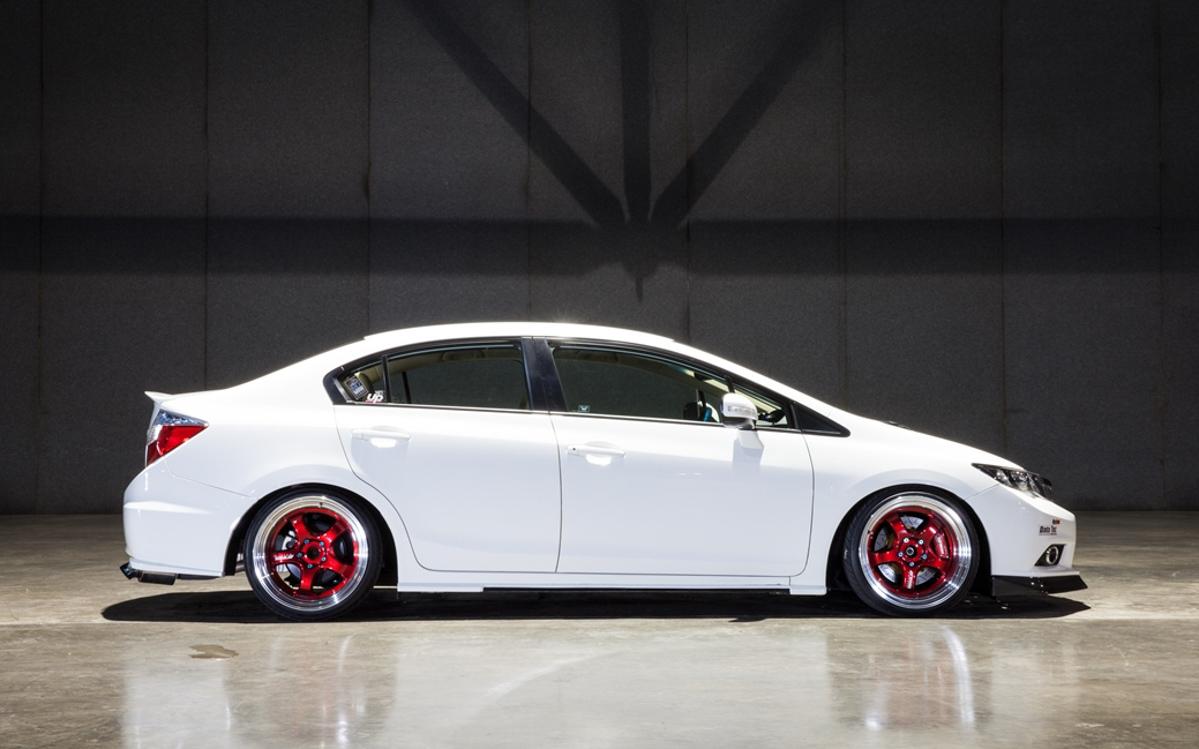 不随波逐流,222 hp 的自挂涡轮 Honda Civic FB 1.8 !