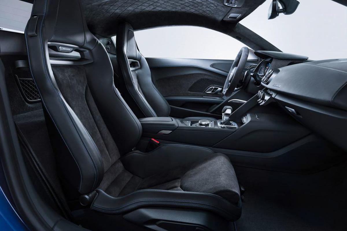 自然进气 V10 完美保留, 2019 Audi A8 正式发表!