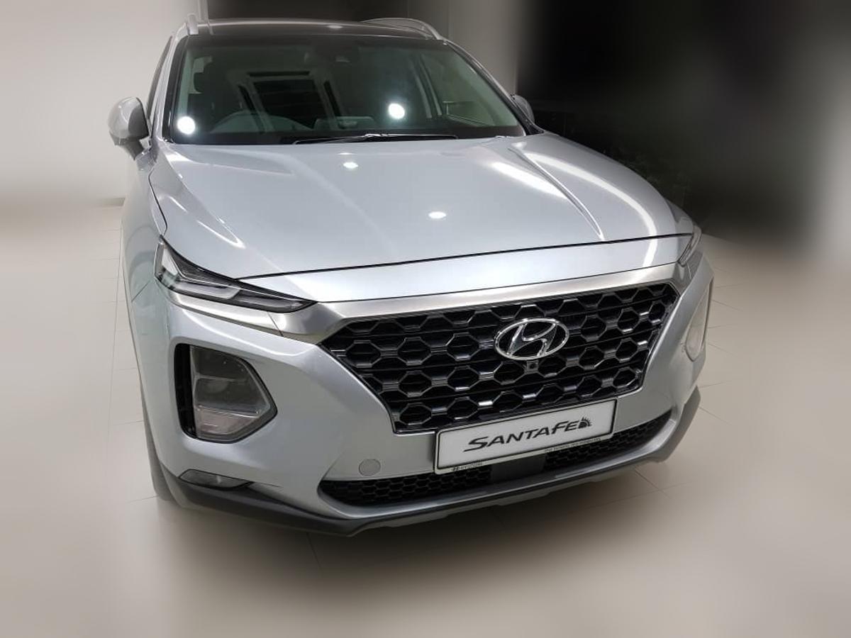 2019 Hyundai Santa Fe 现身展示厅!KLIMS 2018 发表?