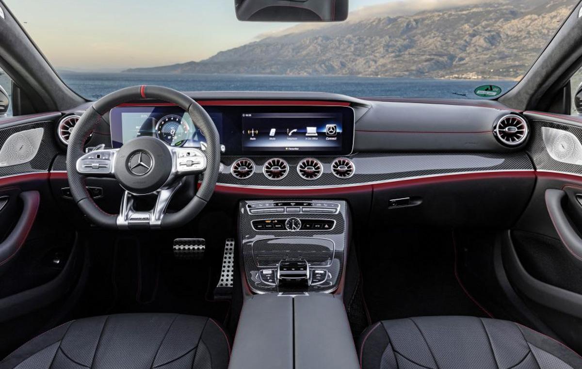 新一代 Mercedes-Benz C-Class 现身雪地测试!