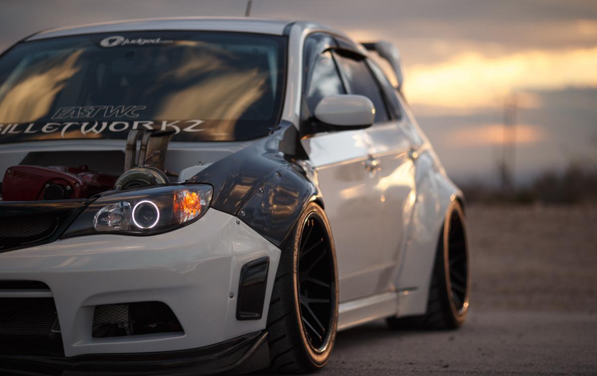 街霸与战神结合!700 hp 的 Subaru WRX GT-R !
