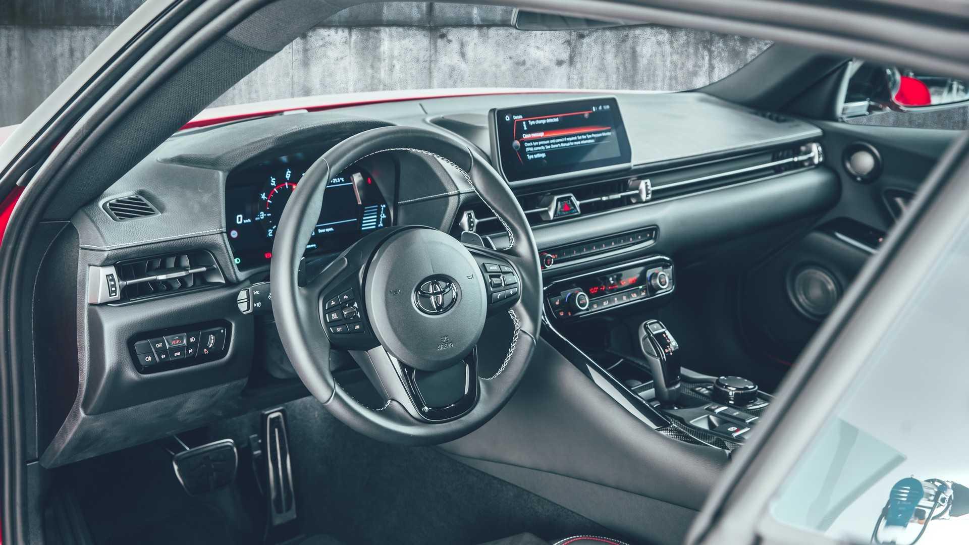Toyota Supra A90 将提供2.0L涡轮引擎入门版本!