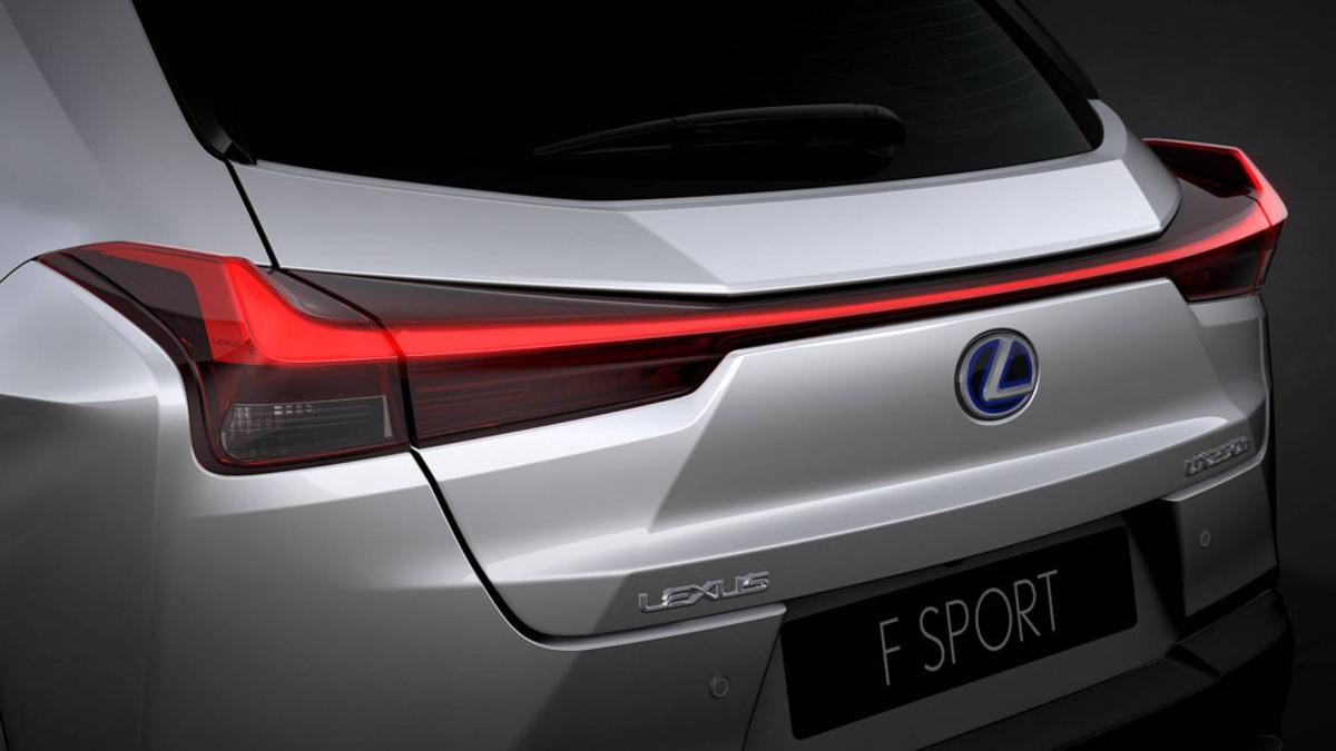 悄悄出现我国官网, Lexus UX 要来了!