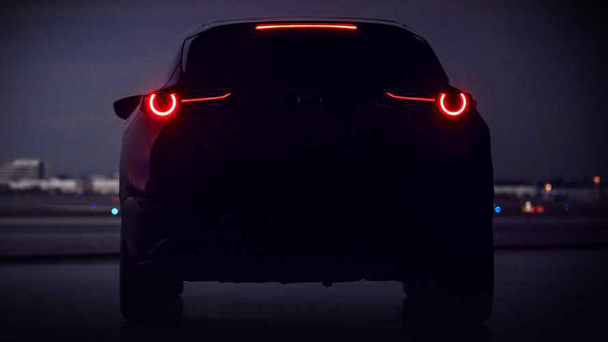 Mazda CX-2 预告释出,日内瓦车展登场!
