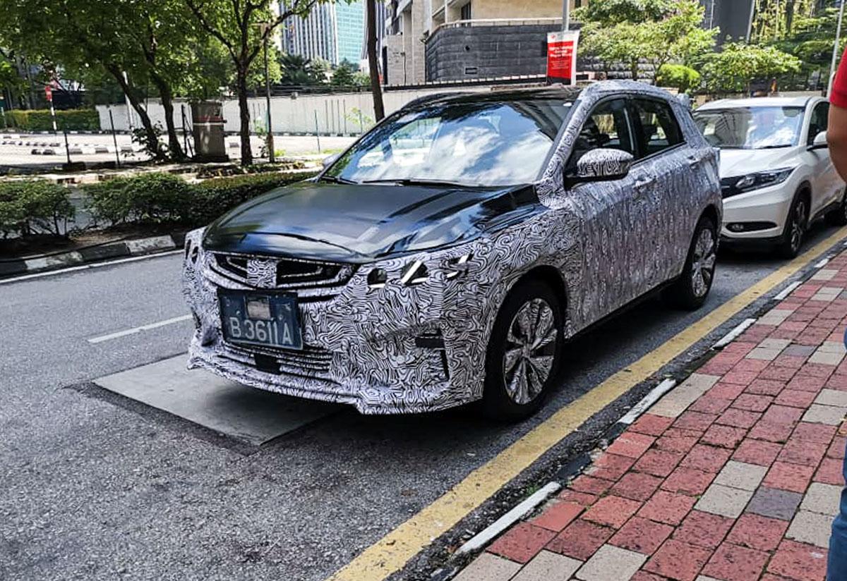 Proton X50: Proton X50 与最强对手并列现身吉隆坡市区游车河!