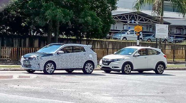 Proton X50 与最强对手并列现身吉隆坡市区游车河!