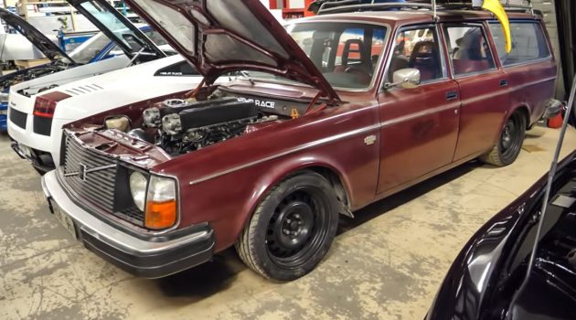 狂牛坦克! Volvo 245 Wagon 移植 Gallardo V10 引擎!