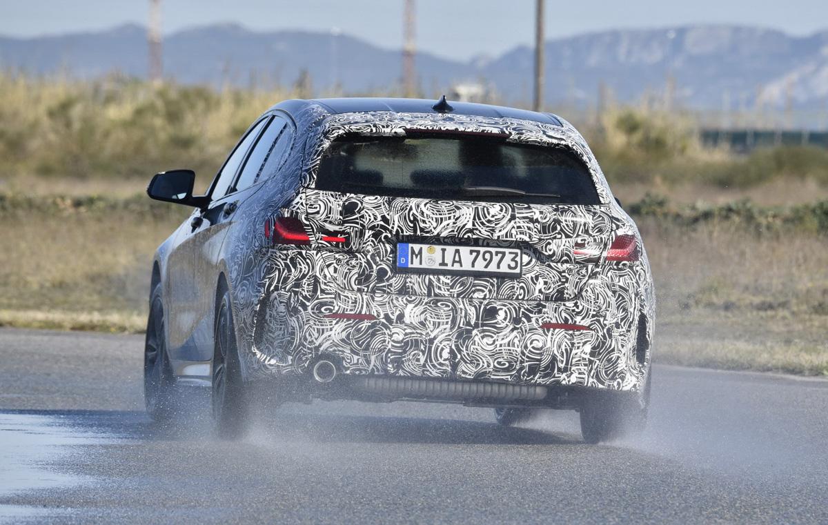 好像还不错! BMW M135i xDrive 造型抢先曝光!