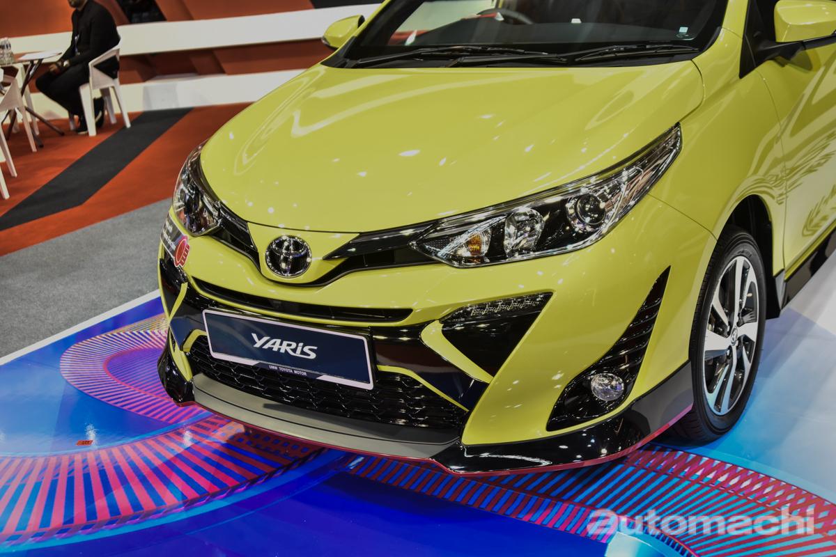 """不出我们所料,在今天的 Malaysia Autoshow 2019 上 Toyota Malaysia 果然是带来了即将发表的 2019 Toyota Yaris !这款""""掀背版 Vios""""在车展上将以预览形式登场(其实预计价格也已经出炉了。。。)。话不多说,上照片!"""