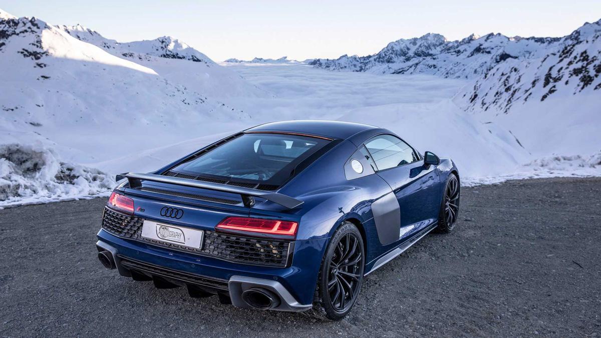 雪山美车! Audi R8 V10 Performance 美绝阿尔卑斯山!