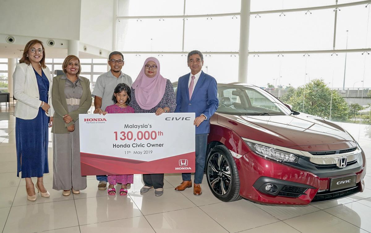 Honda Malaysia 喜迎第13万名 Honda Civic 车主!