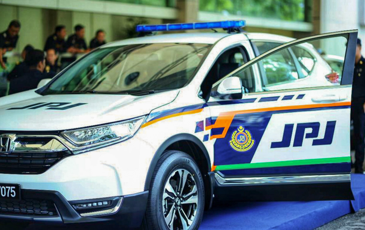 PLUS 大道公司移交10辆 Honda CR-V 予 JPJ !