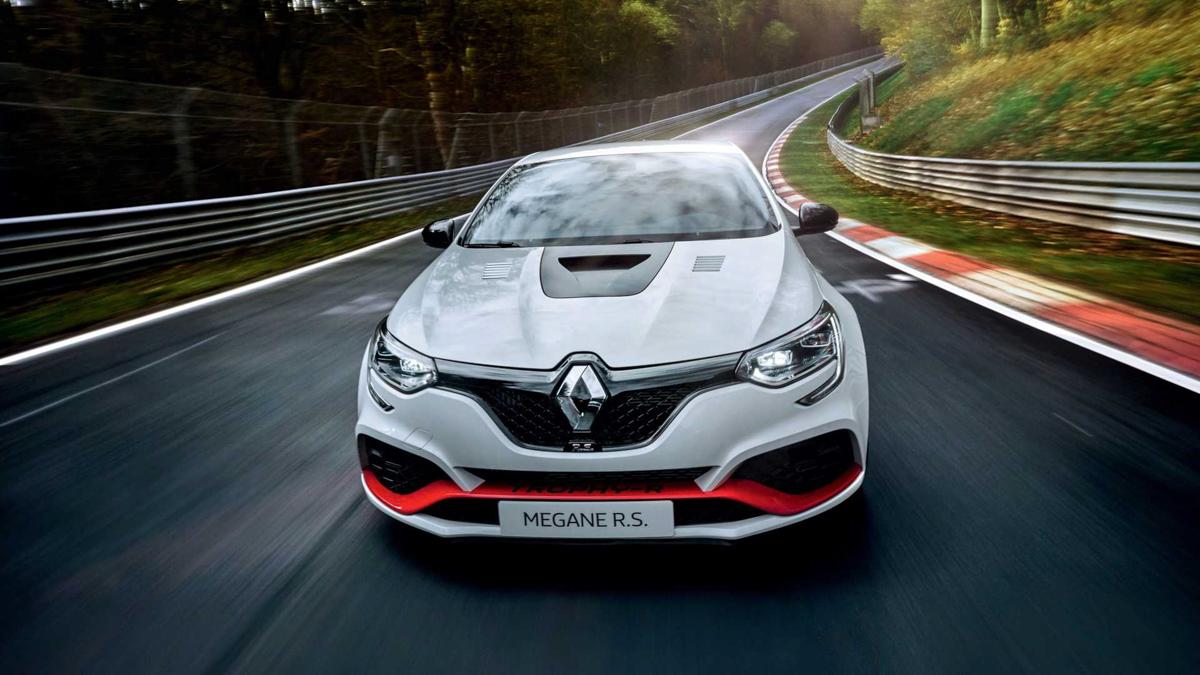 Renault Megane R.S Trophy-R 成为纽柏林前驱霸主!