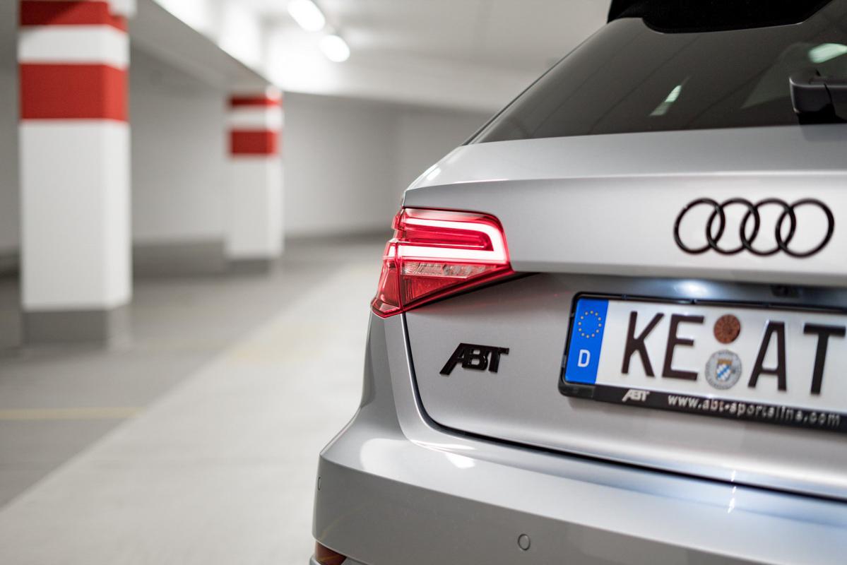 AMG A45 s 算什么!463 Hp ABT Audi RS3 猛爆登场!