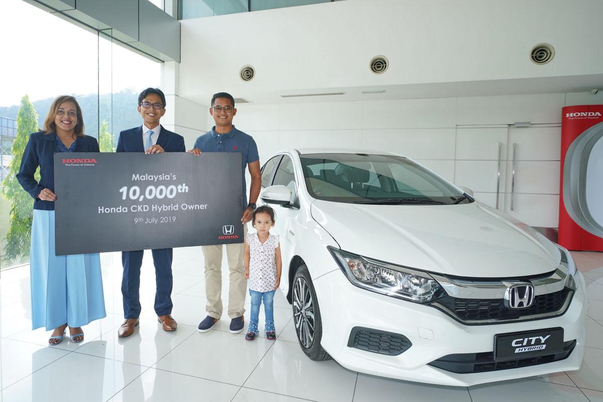 Honda Malaysia 移交第10,000辆 Hybrid 车型!