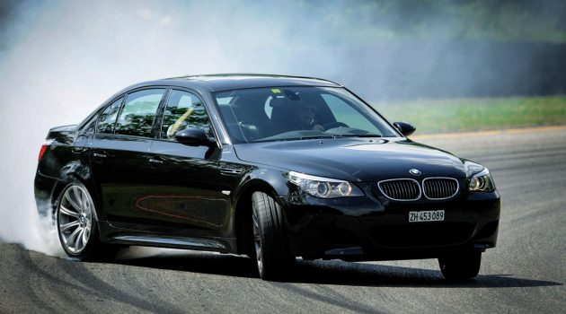 BMW M5 E60 与 M6 E63 ,曾经的 V10 猛兽