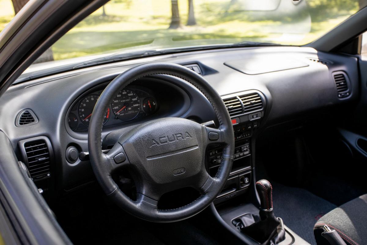全原装,底里数 1997 Honda Acura Integra Type R 正在寻找新车主