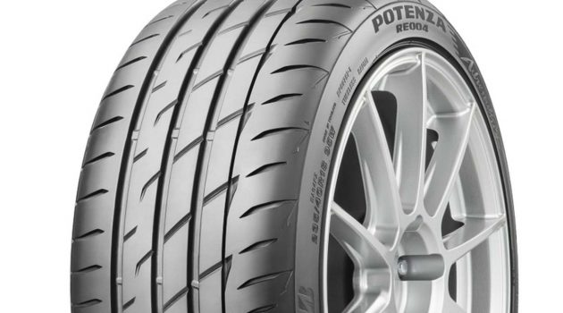 表现再升级, Bridgestone Potenza Adrenalin RE004 登场