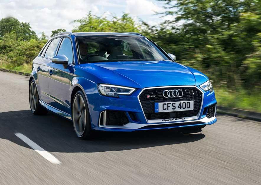Audi RS3 现身测试,最大马力或将达到450Hp