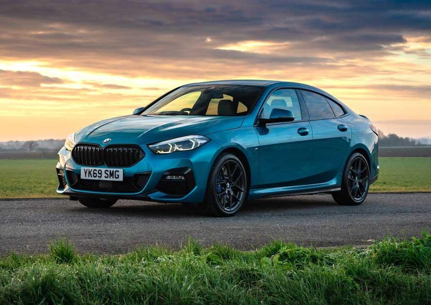全新 BMW M240i Coupe 实车照曝光,最强 2 Series 即将登场?