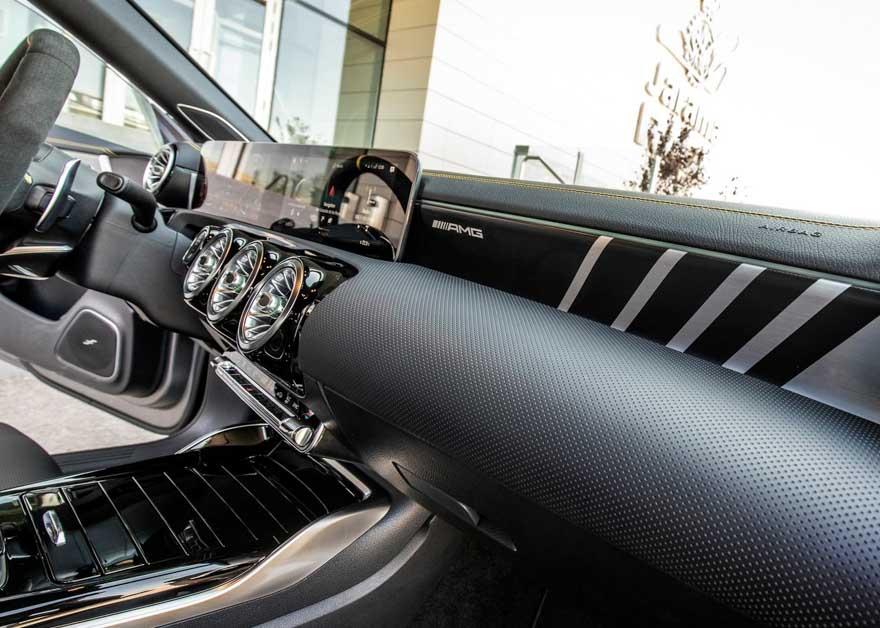 Mercedes-AMG CLA45 S 登陆我国平行二手车商,开价 RM480,000!