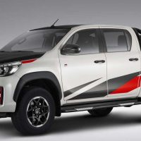 Toyota Hilux Revo GR 即将登场,外形更霸气硬派,配备更丰富