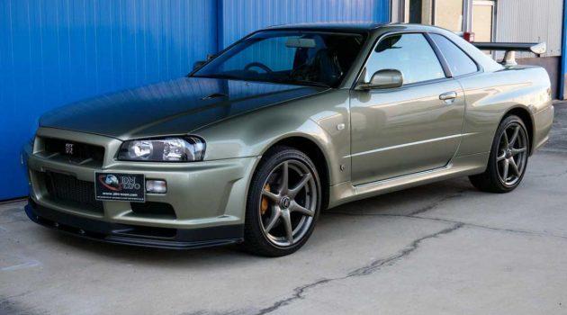 Nissan Skyline GT-R R34 V Spec II Nür 求售,车况近乎全新!