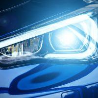 Halogen Headlight 可以换上 LED 灯泡吗?