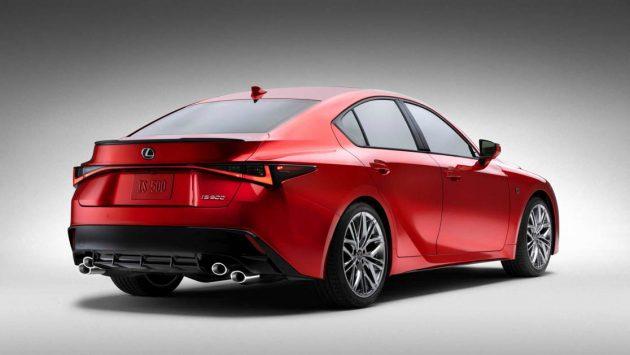 2022 Lexus IS500
