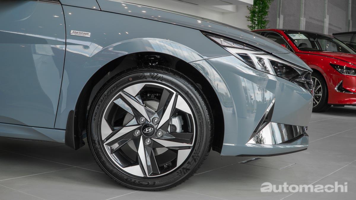 图库:Hyundai Elantra Executive ,售价RM 139,888