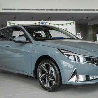 图库:Hyundai Elantra Executive ,售价RM 139,888