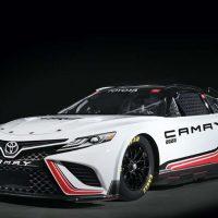 Toyota Camry NASCAR 赛车版拥有670 Hp的输出表现!