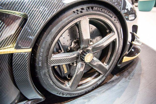 轮圈的未来发展趋势: Carbonfibre Wheel