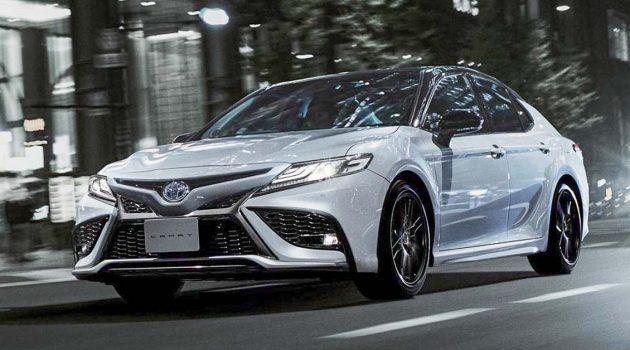 Toyota Camry 小改款新加坡上市,当地开价135,888新元(包含COE)