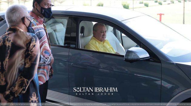 Hyundai Ioniq 5 现身大马,柔佛苏丹陛下率先试驾?